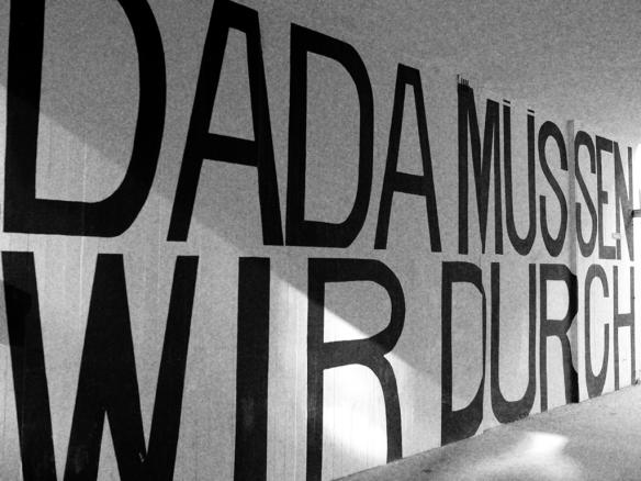 dada-muessen-wir-durch